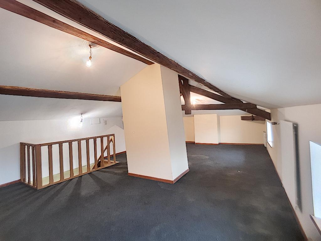 A vendre Maison GONDRECOURT LE CHATEAU 88.27m² 47.000 4 piéces