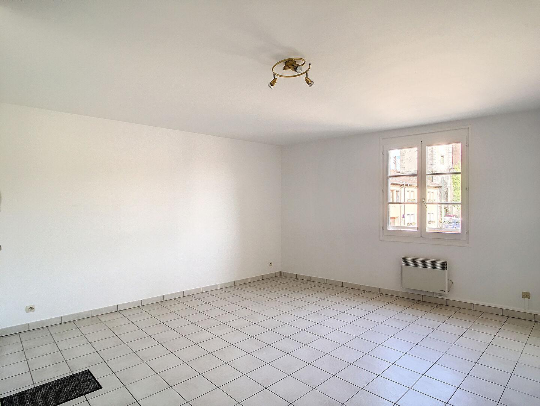 A louer Appartement Sorcy Saint Martin 2 piéces