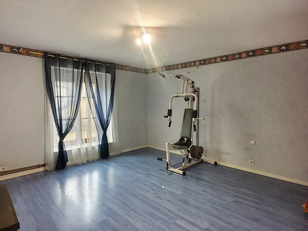 A vendre Maison REFFROY 210m² 138.500 6 piéces