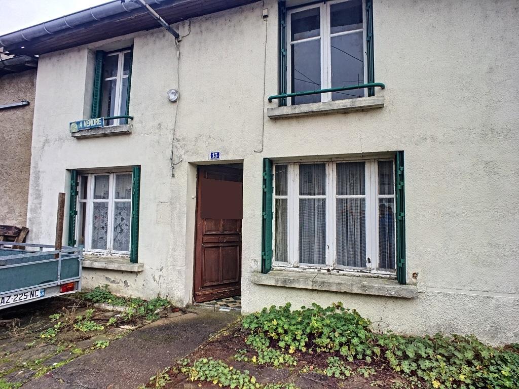 Maison de village à rénover - Secteur Euville