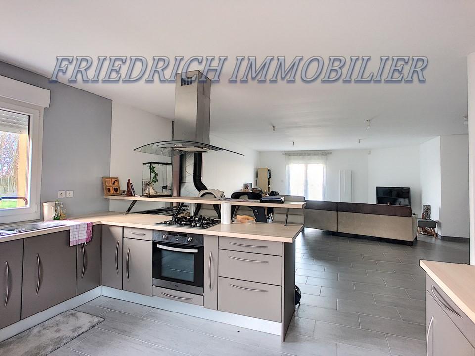A vendre Maison VIGNEULLES LES HATTONCHATEL 125m² 4 piéces