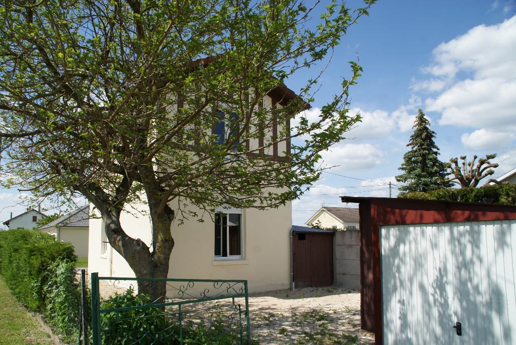 A vendre Maison REVIGNY SUR ORNAIN 73m² 70.000 4 piéces