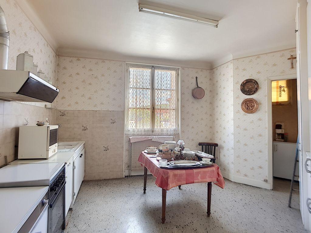 A vendre Maison STAINVILLE 279.29m² 56.000
