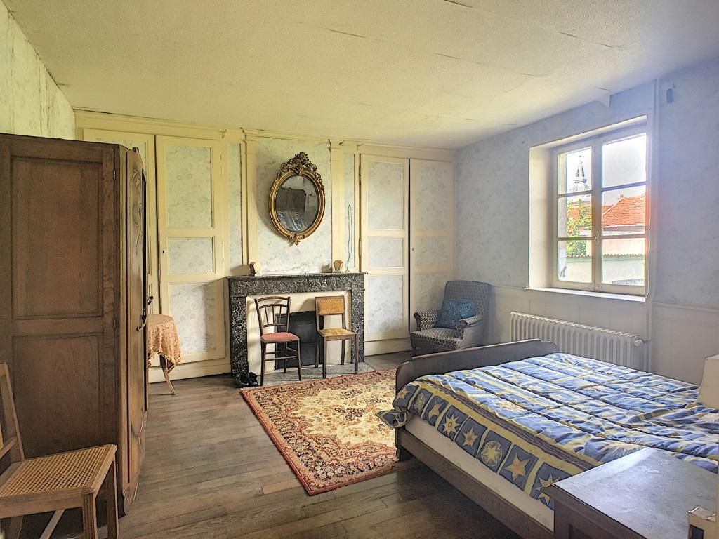 A vendre Maison SAMPIGNY 250m² 77.000 9 piéces