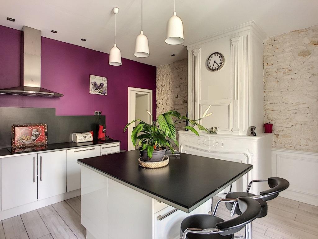 A vendre Appartement COMMERCY 265.000 6 piéces
