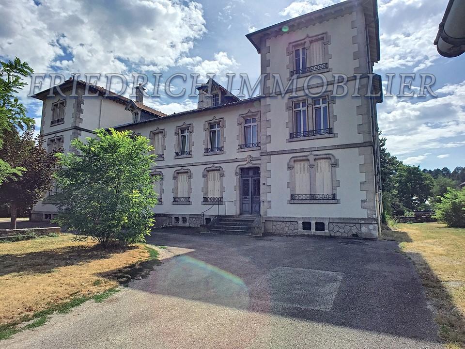 A louer Appartement LEROUVILLE 380