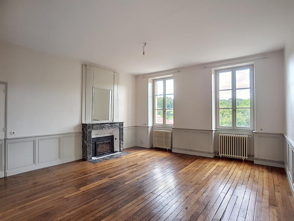 A louer Appartement BAR LE DUC 155m² 700