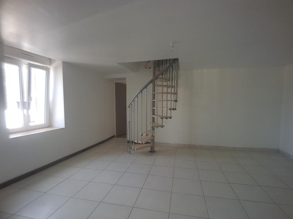 A louer Maison HOUDELAINCOURT 175.82m² 5 piéces