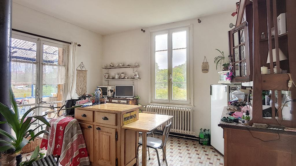 A vendre Maison GONDRECOURT LE CHATEAU 8 piéces