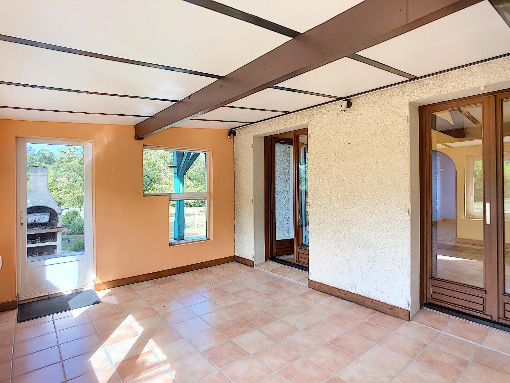 A vendre Maison LES TROIS DOMAINES 160m² 9 piéces