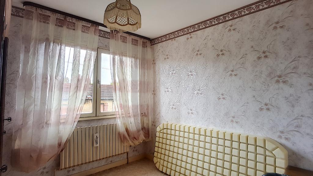 A vendre Maison SAMPIGNY 88.000 8 piéces