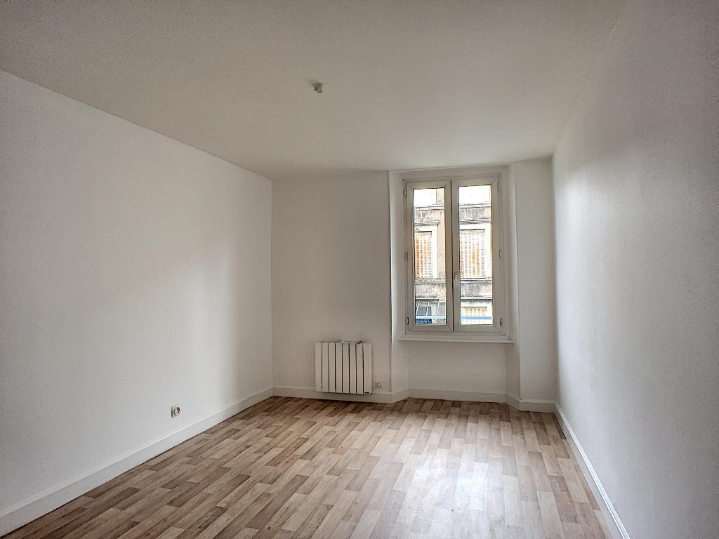 A louer Appartement COMMERCY 64m² 380 2 piéces