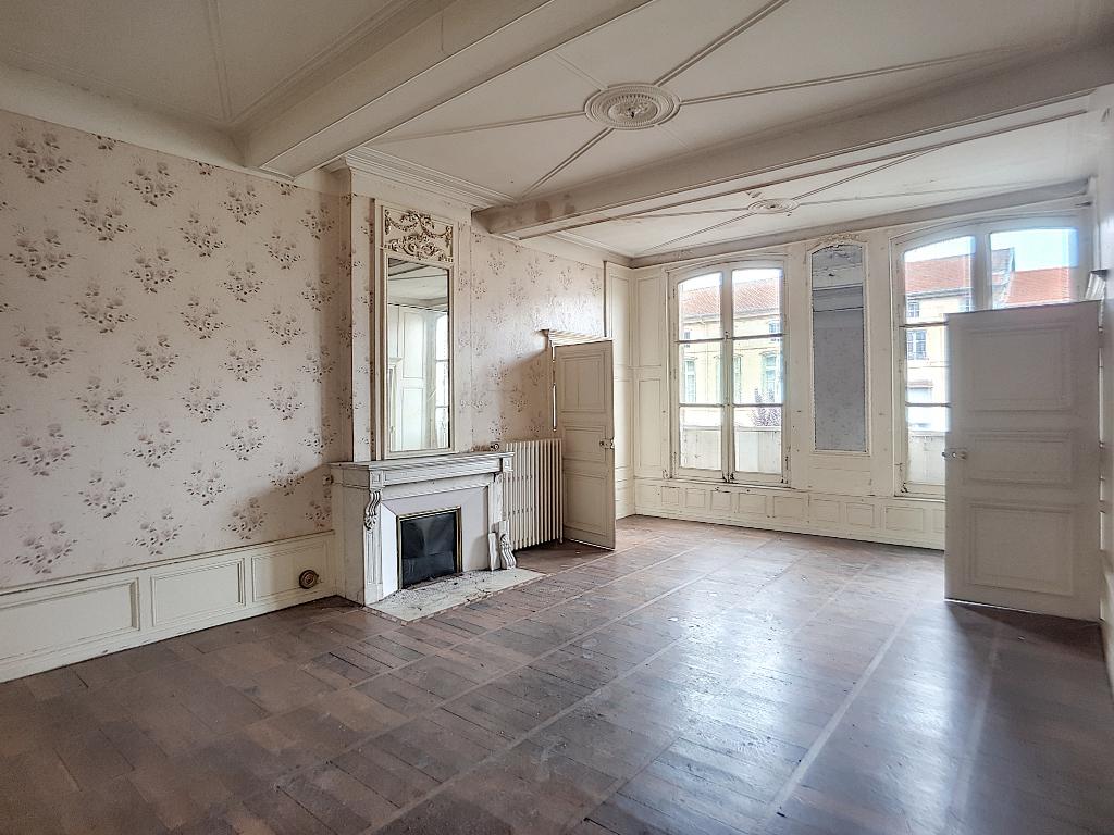 A vendre Maison LIGNY EN BARROIS 405m² 16 piéces