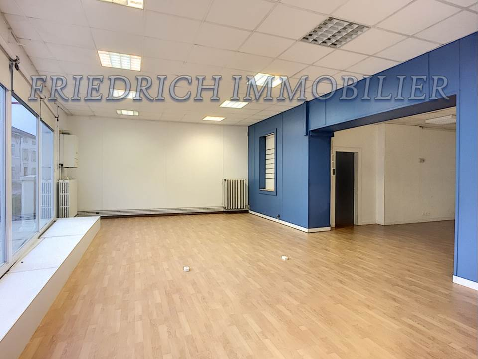A vendre Local commercial COMMERCY 370m² 100.000
