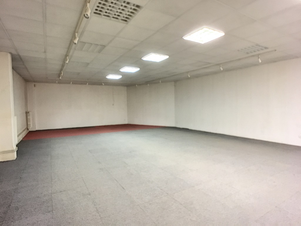 A vendre Local commercial COMMERCY 100.000