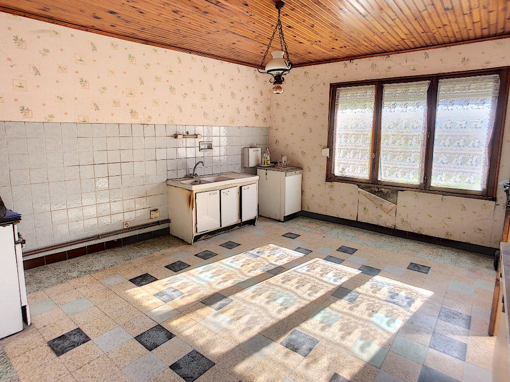 A vendre Maison RAMBLUZIN ET BENOITE VAUX 4 piéces