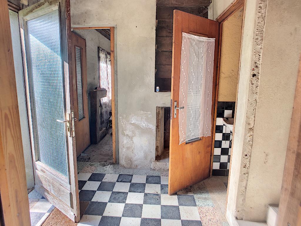A vendre Maison RAMBLUZIN ET BENOITE VAUX 43.000 4 piéces
