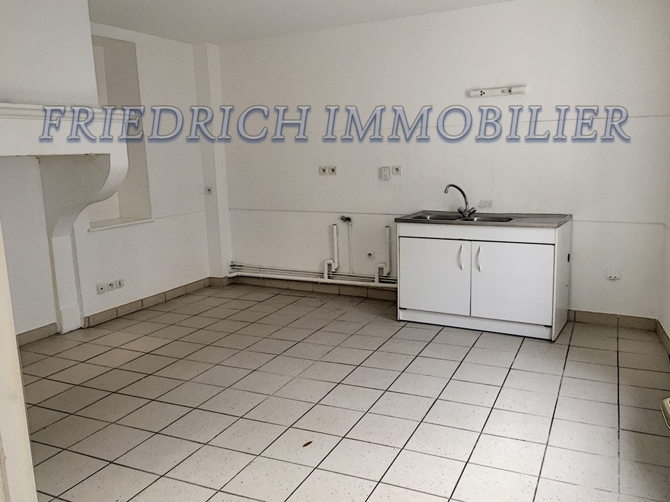 A louer Appartement LEROUVILLE 74m² 300 2 piéces
