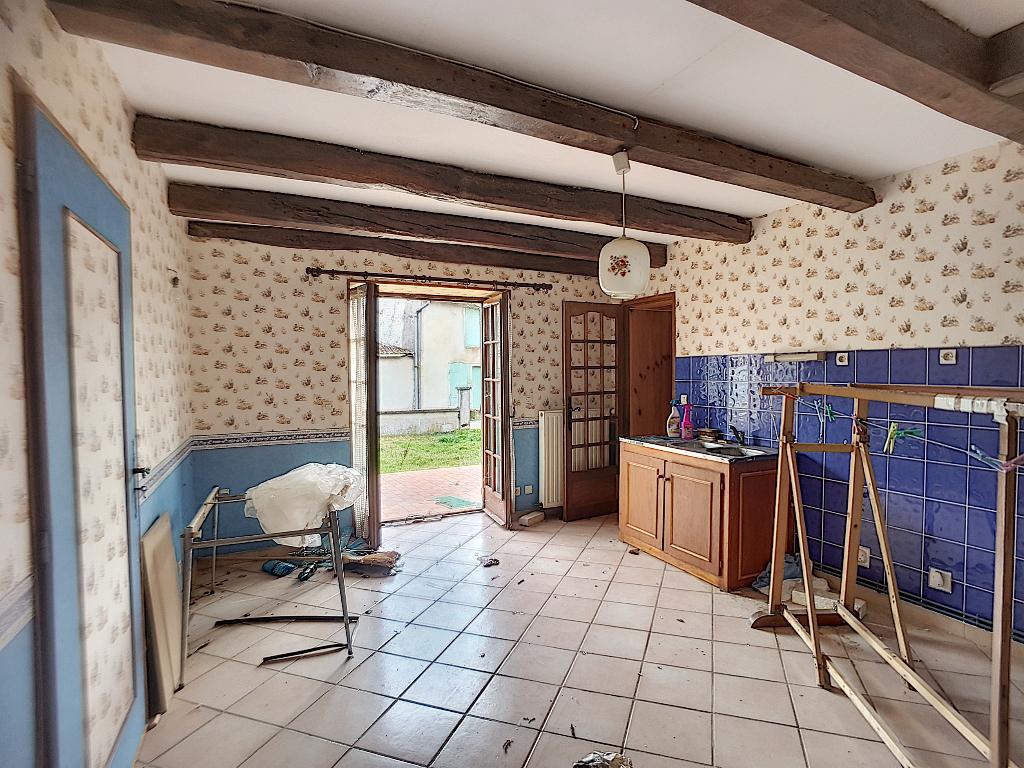 A vendre Maison FOUCHERES AUX BOIS 156m² 30.000