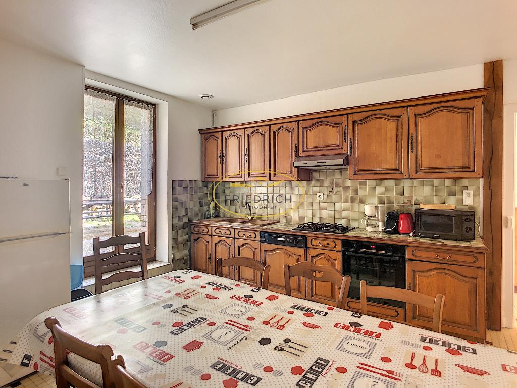 A vendre Maison LACROIX SUR MEUSE 7 piéces