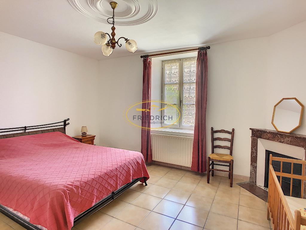 A vendre Maison LACROIX SUR MEUSE 192m² 149.000