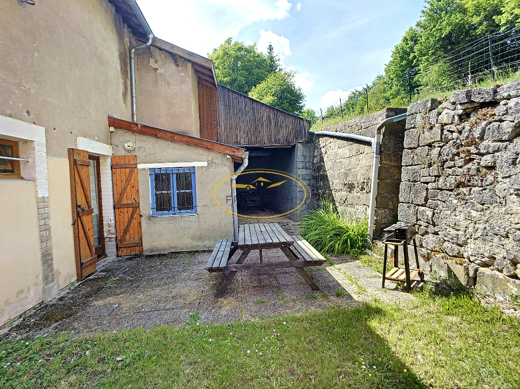 A vendre Maison LACROIX SUR MEUSE 192m²