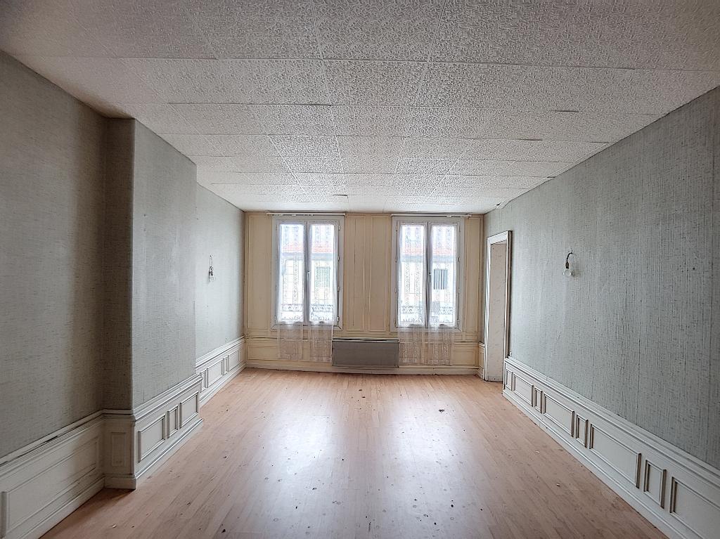 A vendre Immeuble LIGNY EN BARROIS 13 piéces
