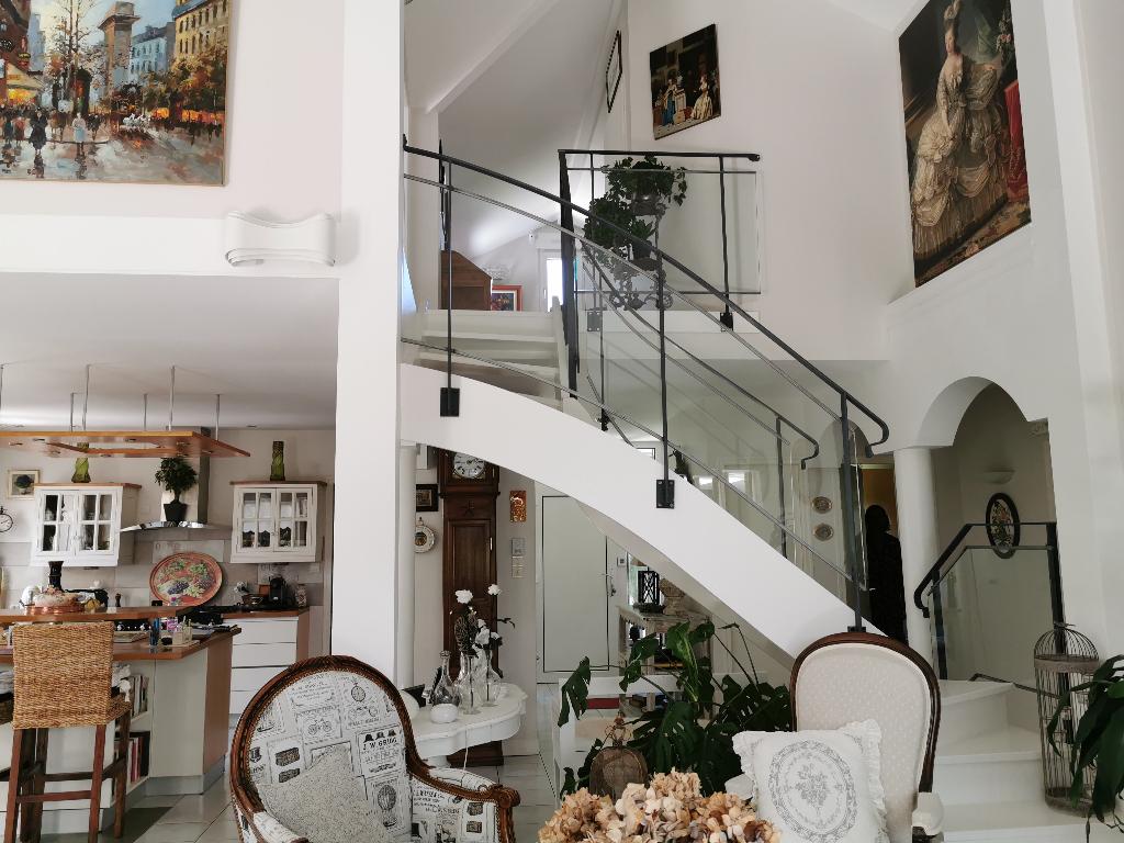 A vendre Maison COMMERCY 160m² 298.000 4 piéces