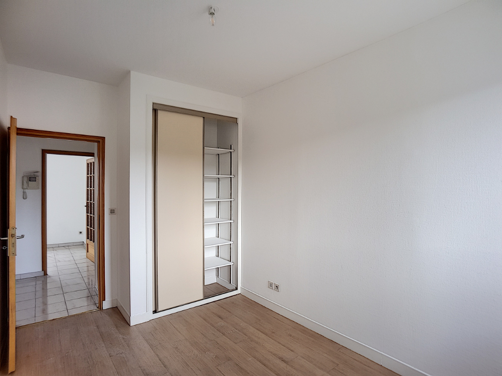 APPARTEMENT Type F3  CENTRE-VILLE avec ascenseur - BAR-LE-DUC