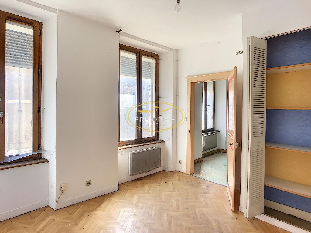 A vendre Immeuble SAINT MIHIEL 122m² 34.500 8 piéces