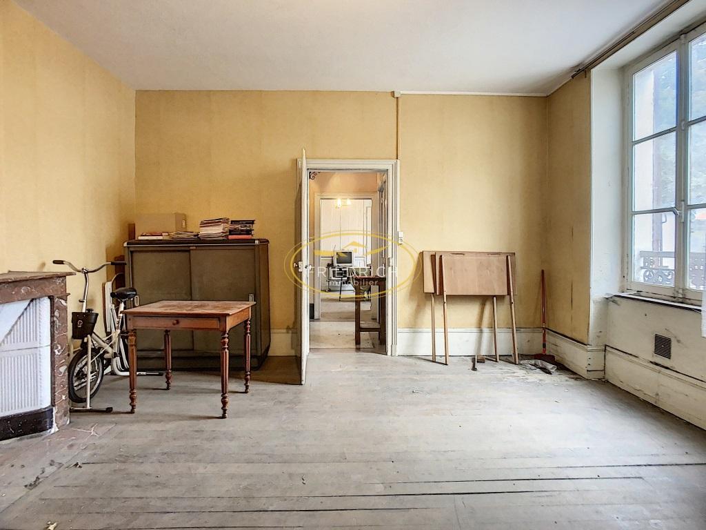 A vendre Maison COMMERCY 260m² 13 piéces