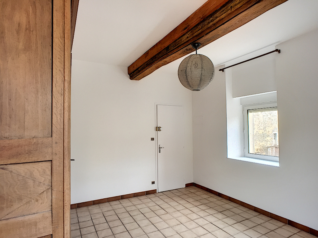 A louer Appartement COMMERCY 35m² 325