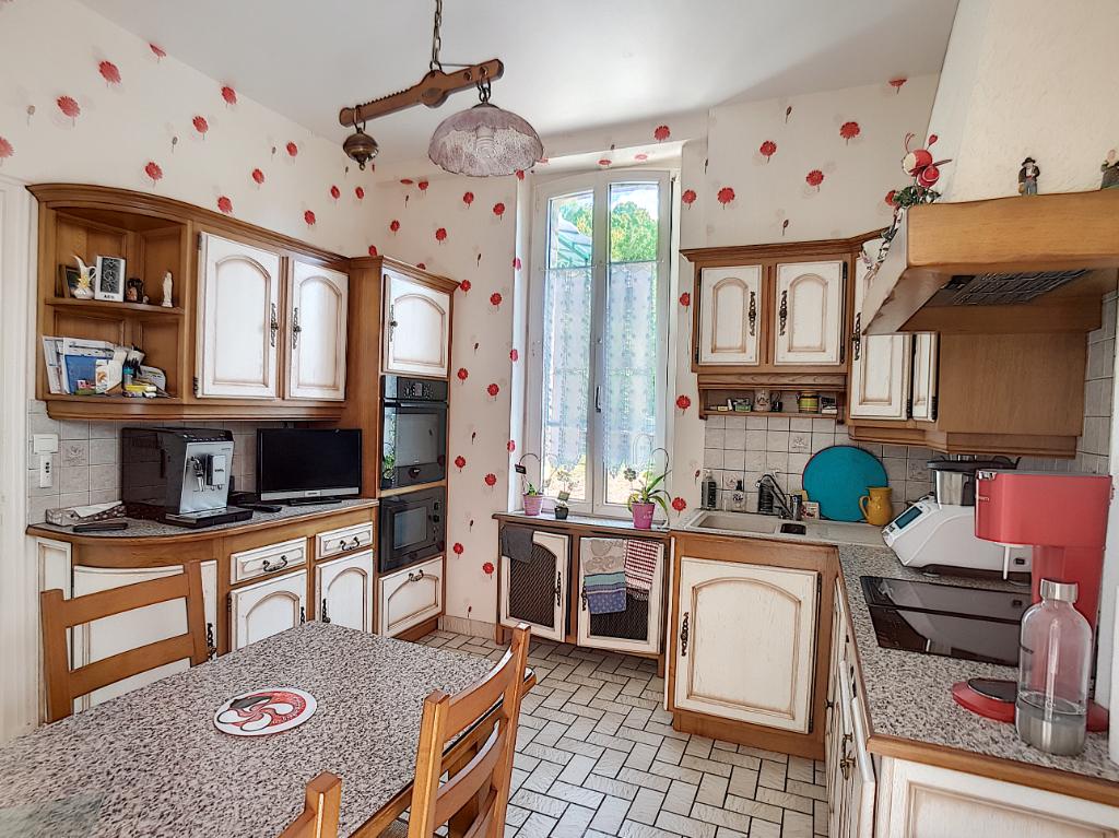 A vendre Maison SAINTE MENEHOULD 180m² 9 piéces