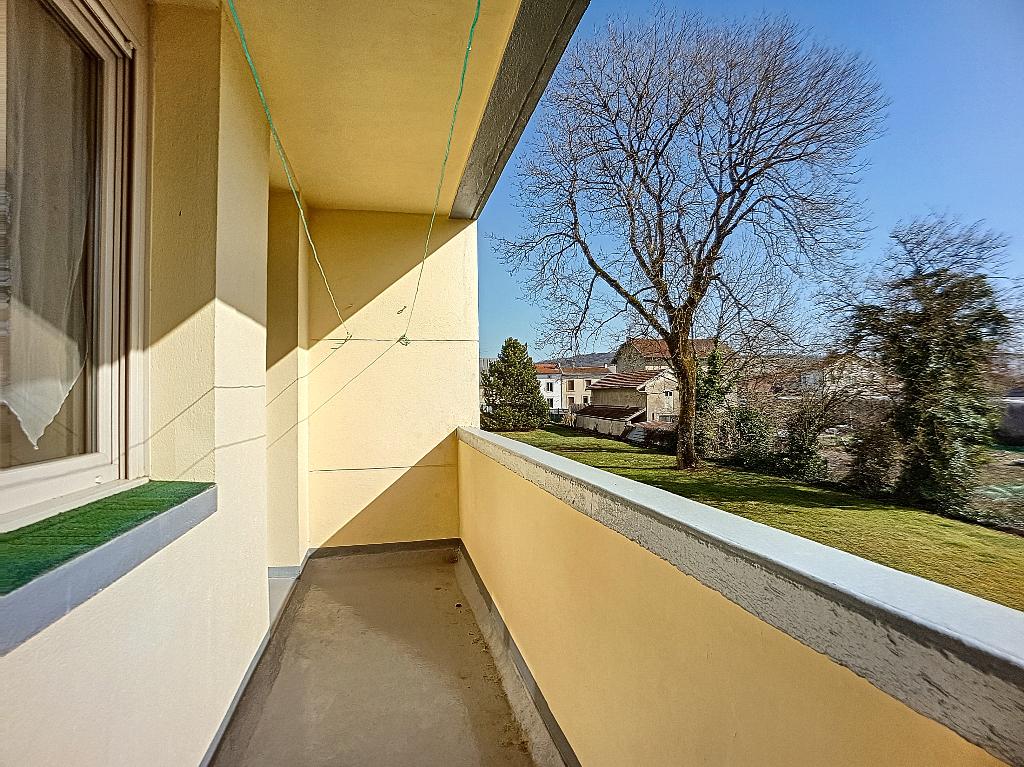 A louer Appartement LIGNY EN BARROIS 72m² 380