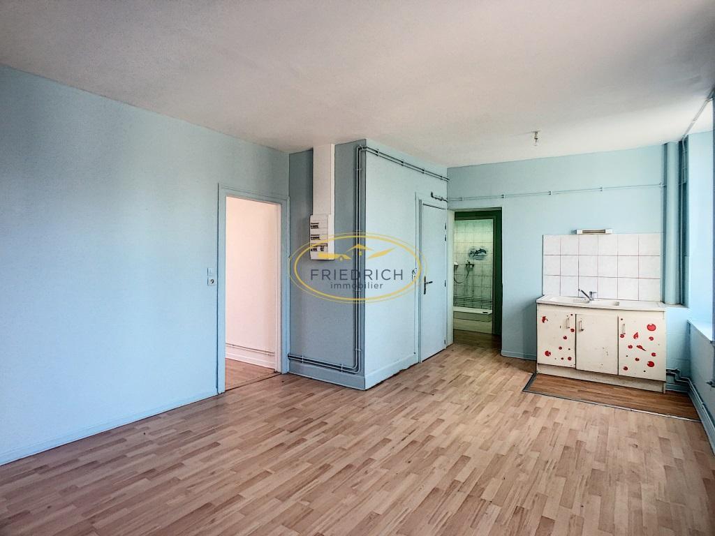 A vendre Immeuble COMMERCY 193m² 12 piéces