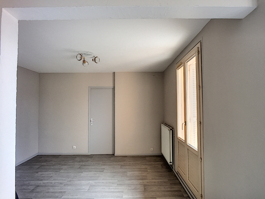 A louer Appartement COMMERCY 85m² 550 3 piéces