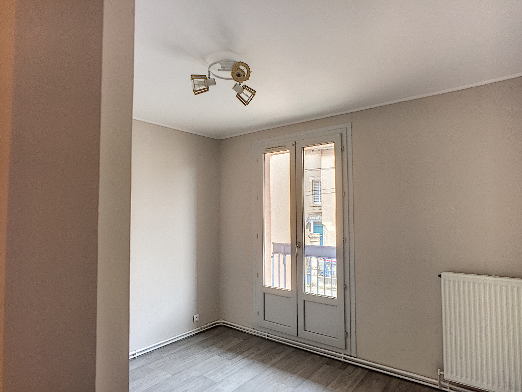 A louer Appartement COMMERCY 85m² 3 piéces