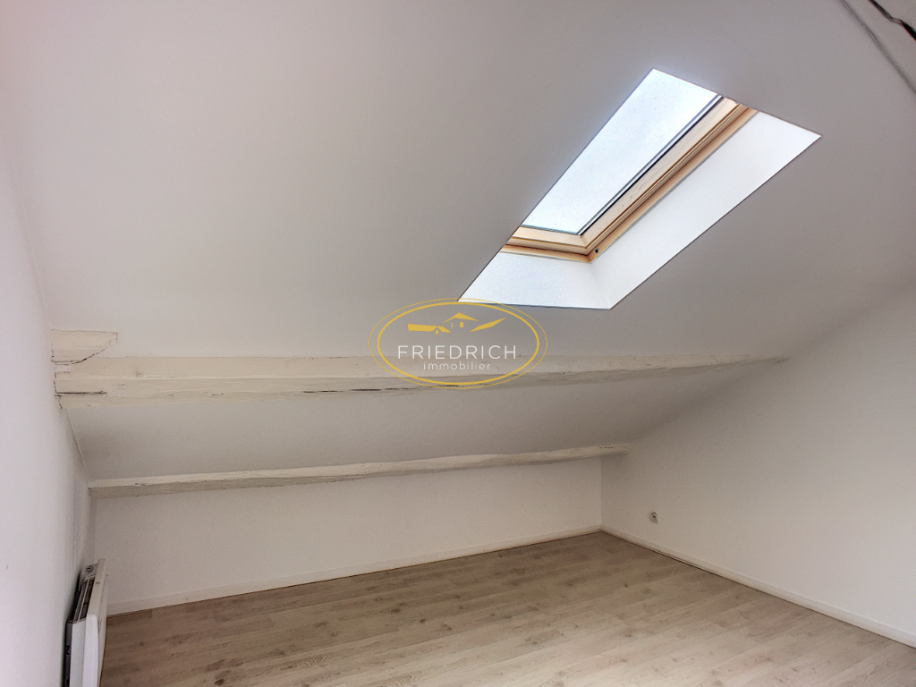 Appartement type F2 A LOUER- LEROUVILLE