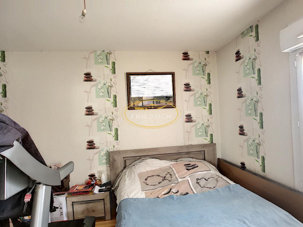 A vendre Maison LES MONTHAIRONS 71m² 71.000 4 piéces