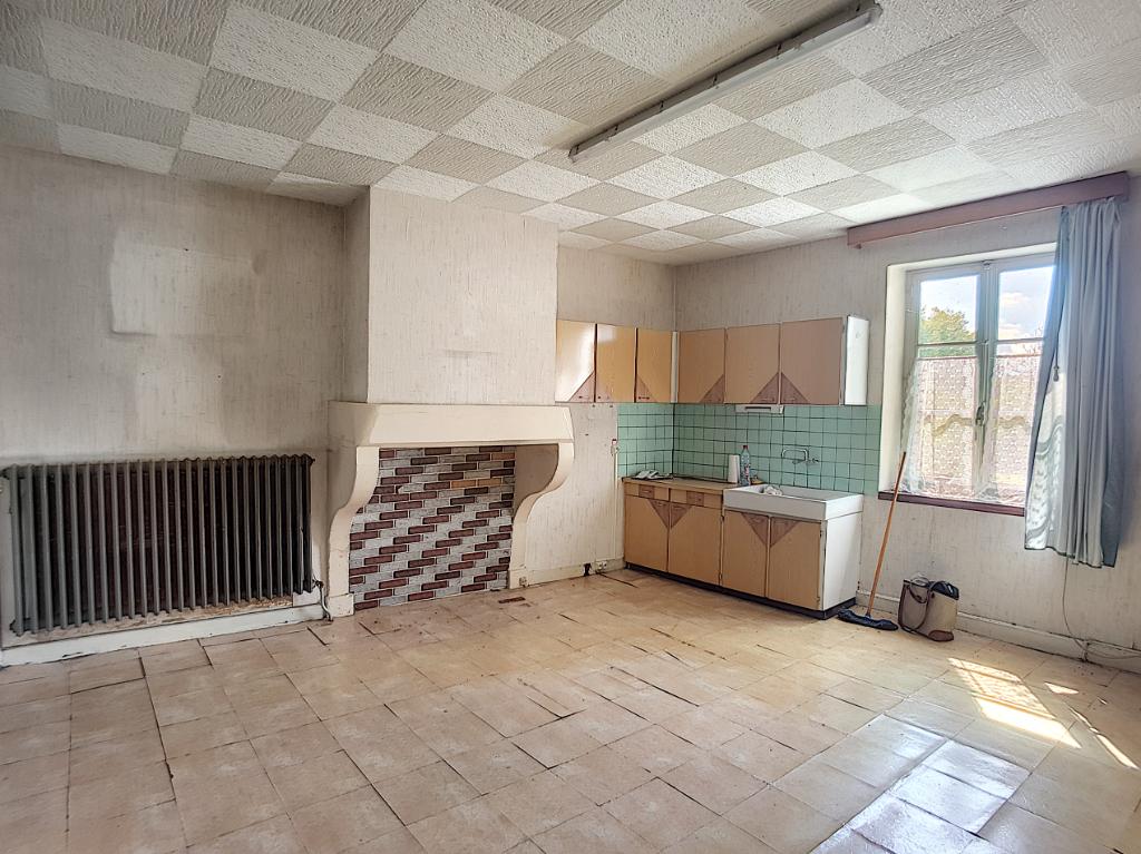 A vendre Immeuble GONDRECOURT LE CHATEAU 156m² 27.000 8 piéces