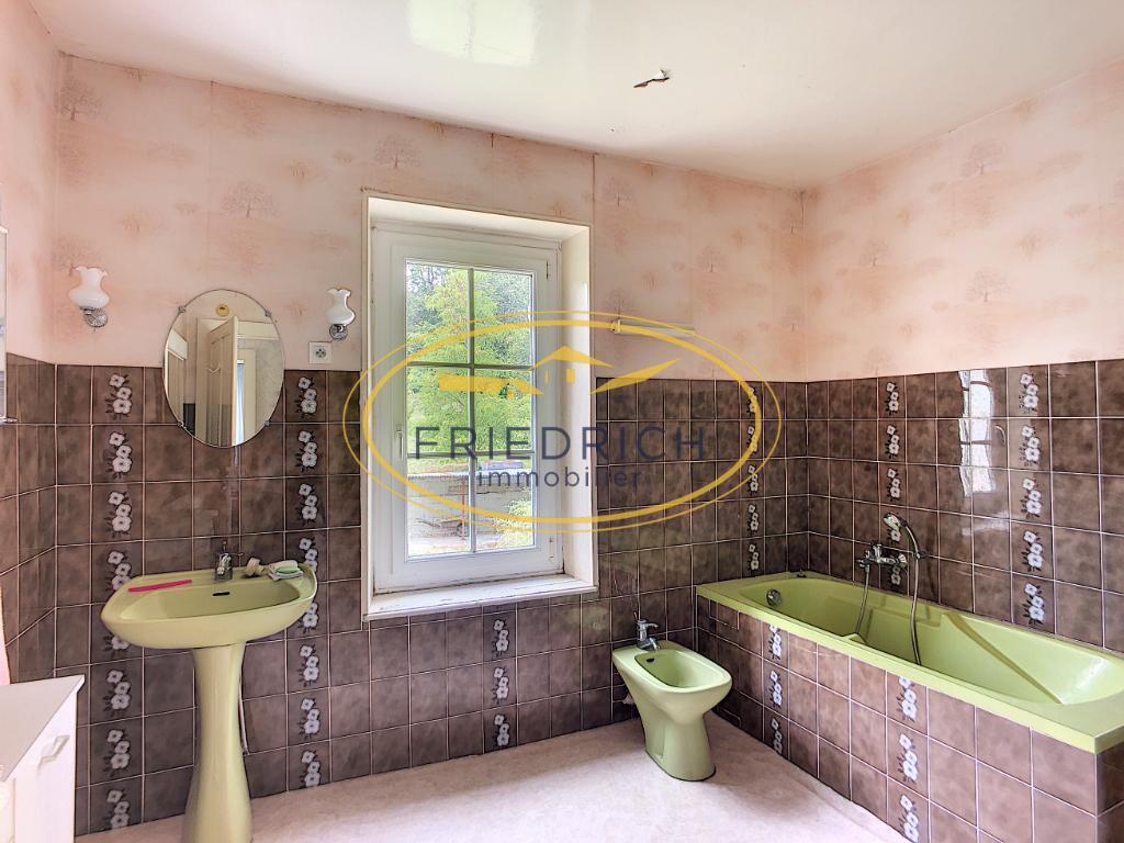 A vendre Maison DOMPCEVRIN 188m² 11 piéces