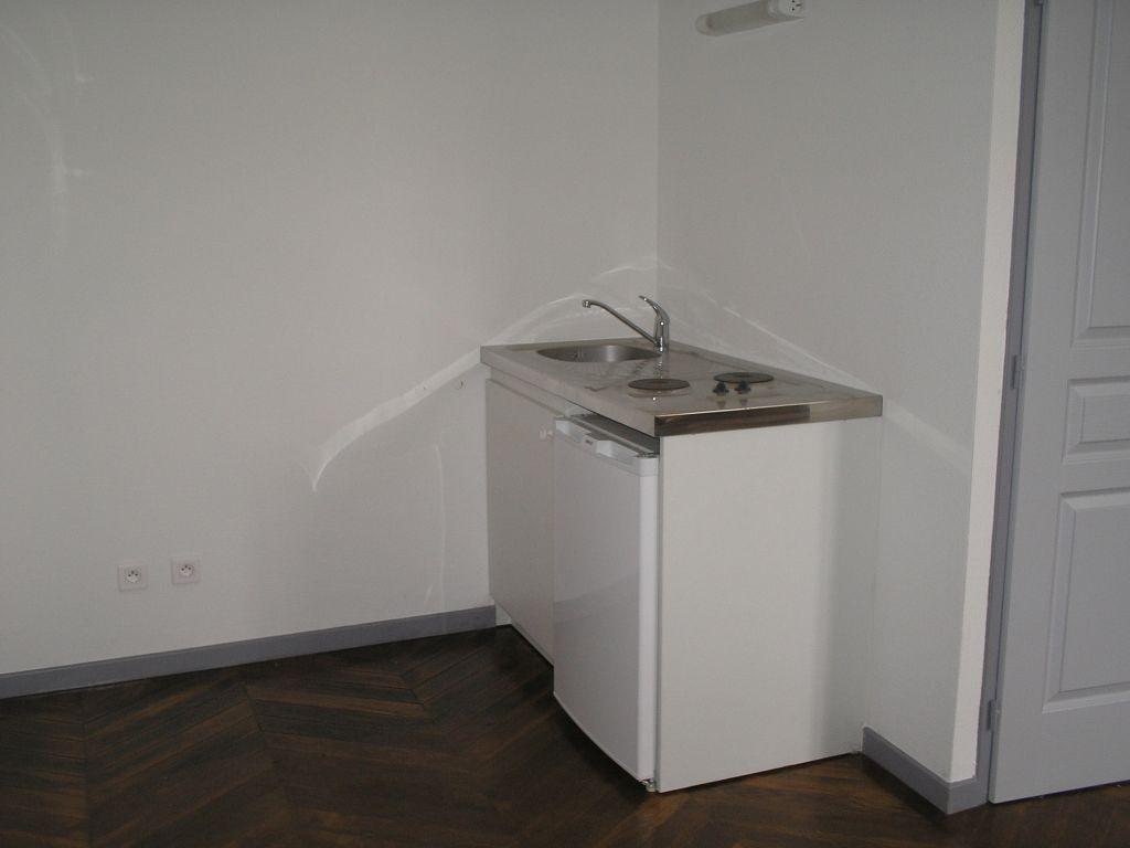 A louer Appartement LEROUVILLE 23m²