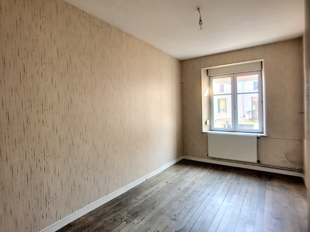 Appartement Duplex en Centre-ville - ST MIHIEL