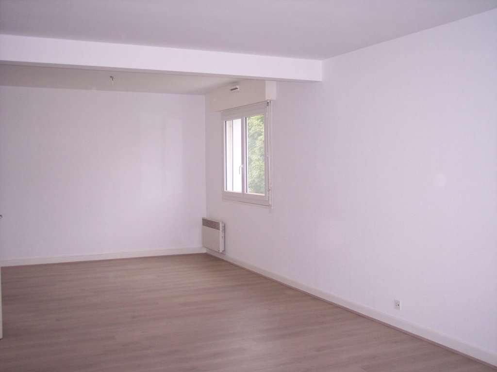 A louer Appartement GONDRECOURT LE CHATEAU 99m²
