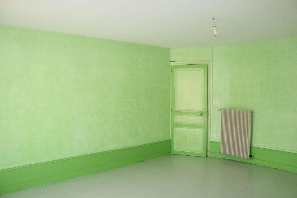 A vendre Maison GONDRECOURT LE CHATEAU 9 piéces