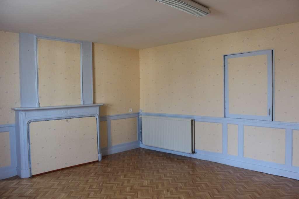 A vendre Maison GONDRECOURT LE CHATEAU 100.000 9 piéces