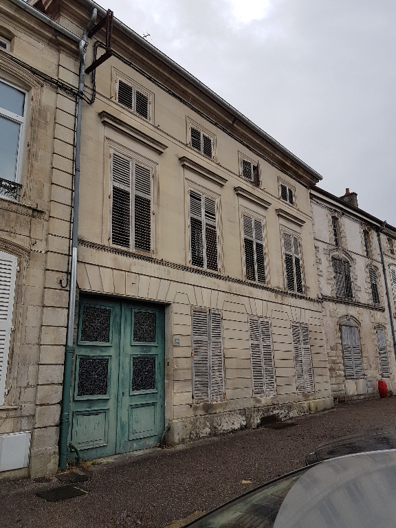Maison De Caractère à rénover - LIGNY EN BARROIS