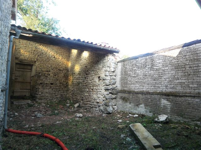 A vendre Maison LIGNY EN BARROIS 200m² 20.000 2 piéces