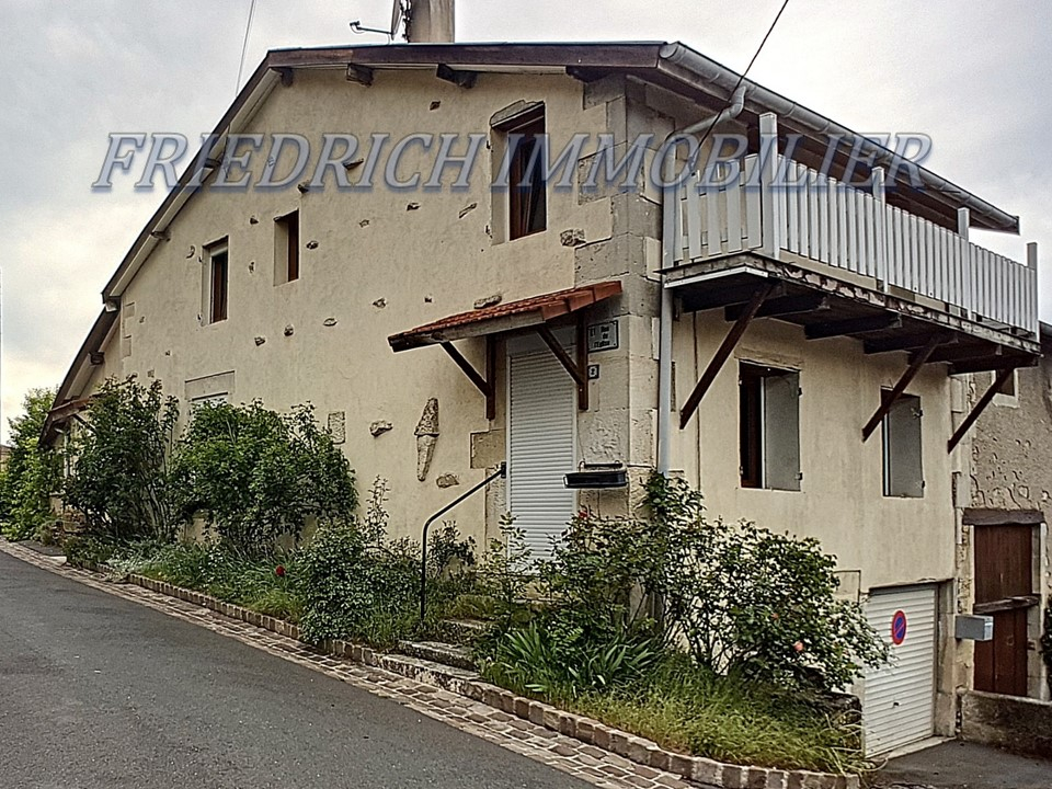 Maison De Village Beaux Volumes Habitable De Suite - SAINT JOIRE
