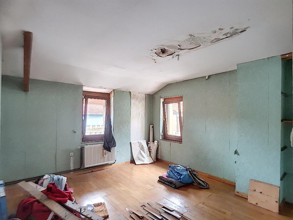 A vendre Maison SAINT JOIRE 135m² 50.000 5 piéces